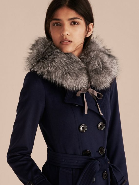 Mid grey Fox Fur Collar with Check Cashmere Lining Mid Grey - cell image 2