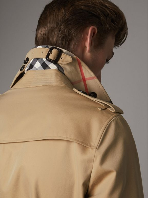 The Chelsea – Short Trench Coat in Honey - Men | Burberry United Kingdom - cell image 1