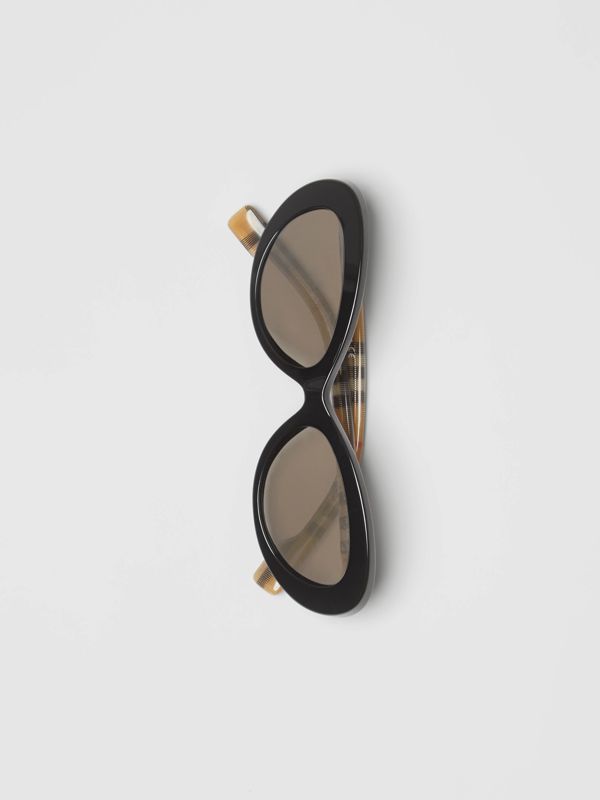 Vintage Check Detail Cat-eye Frame Sunglasses in Black - Women | Burberry Singapore - cell image 3