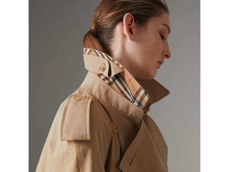 The Long Westminster Heritage Trench Coat in Honey - Women | Burberry Canada - cell image 1