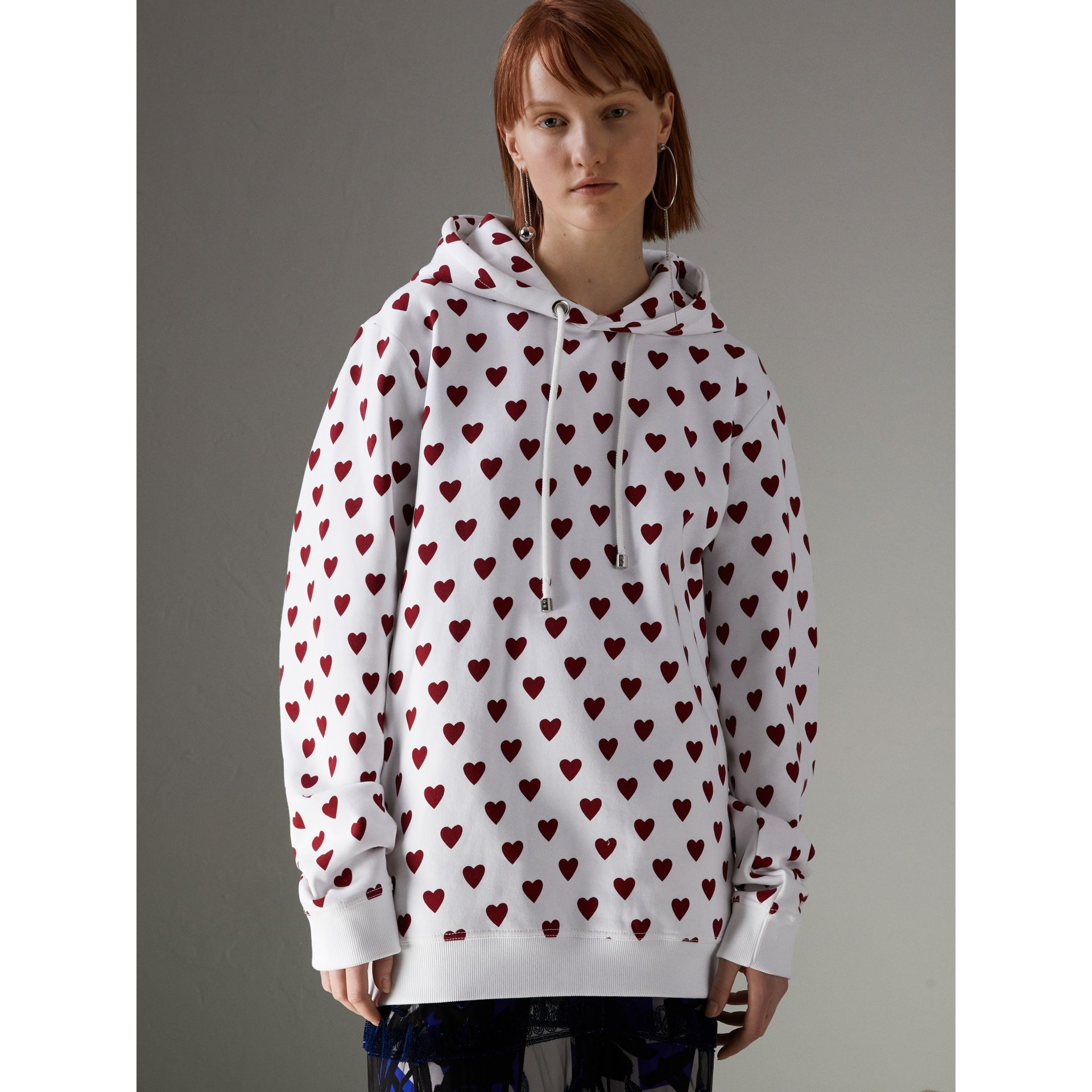 Heart Print Hoodie in Windsor Red - Women | Burberry United Kingdom - gallery image 4