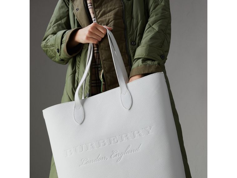 Embossed Leather Tote in Chalk White | Burberry United States - cell image 4