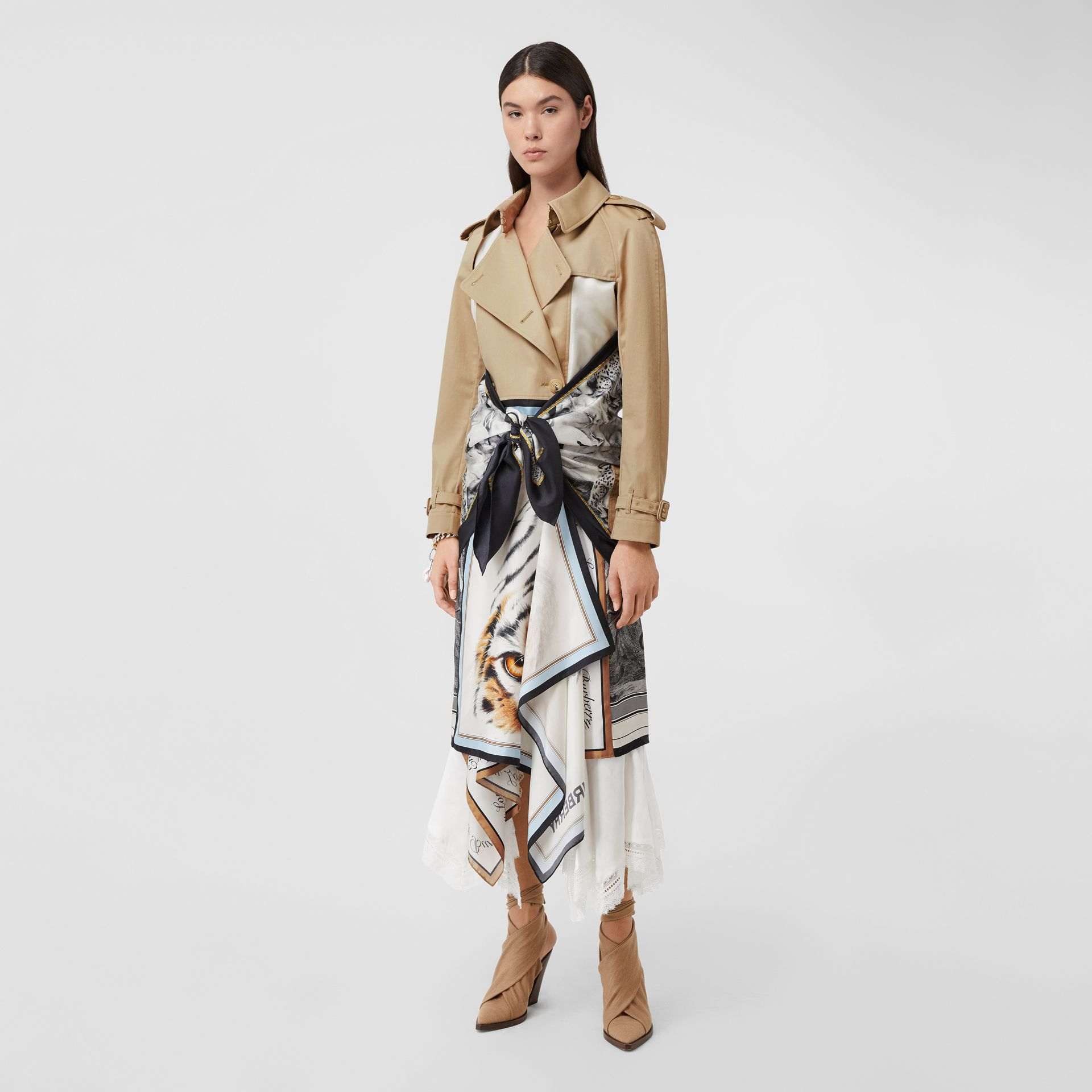 Animalia Print Cotton Twill Trench Coat in Soft Fawn - Women | Burberry Canada - gallery image 5