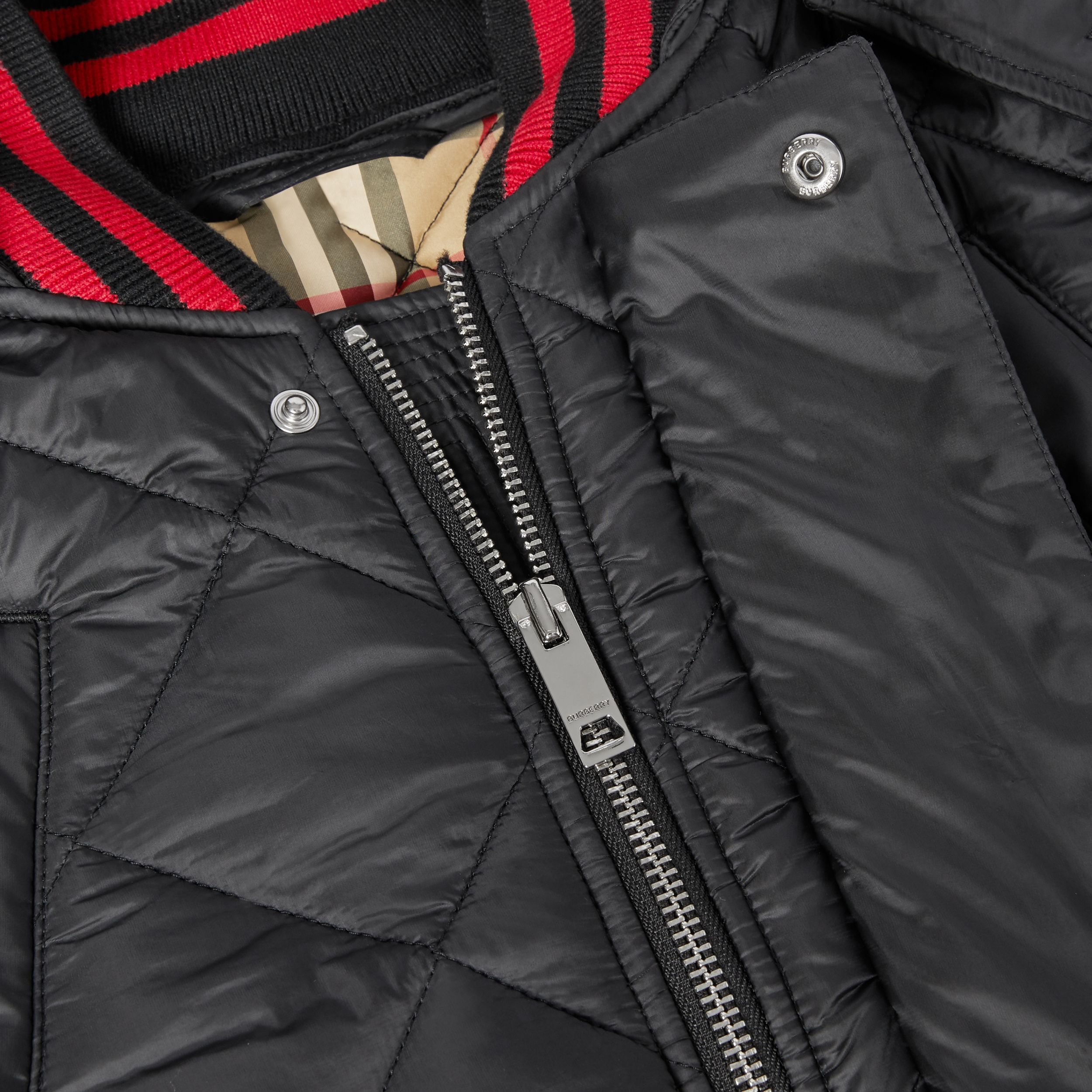 Detachable Hood Logo Detail Diamond Quilted Coat | Burberry United Kingdom - 2