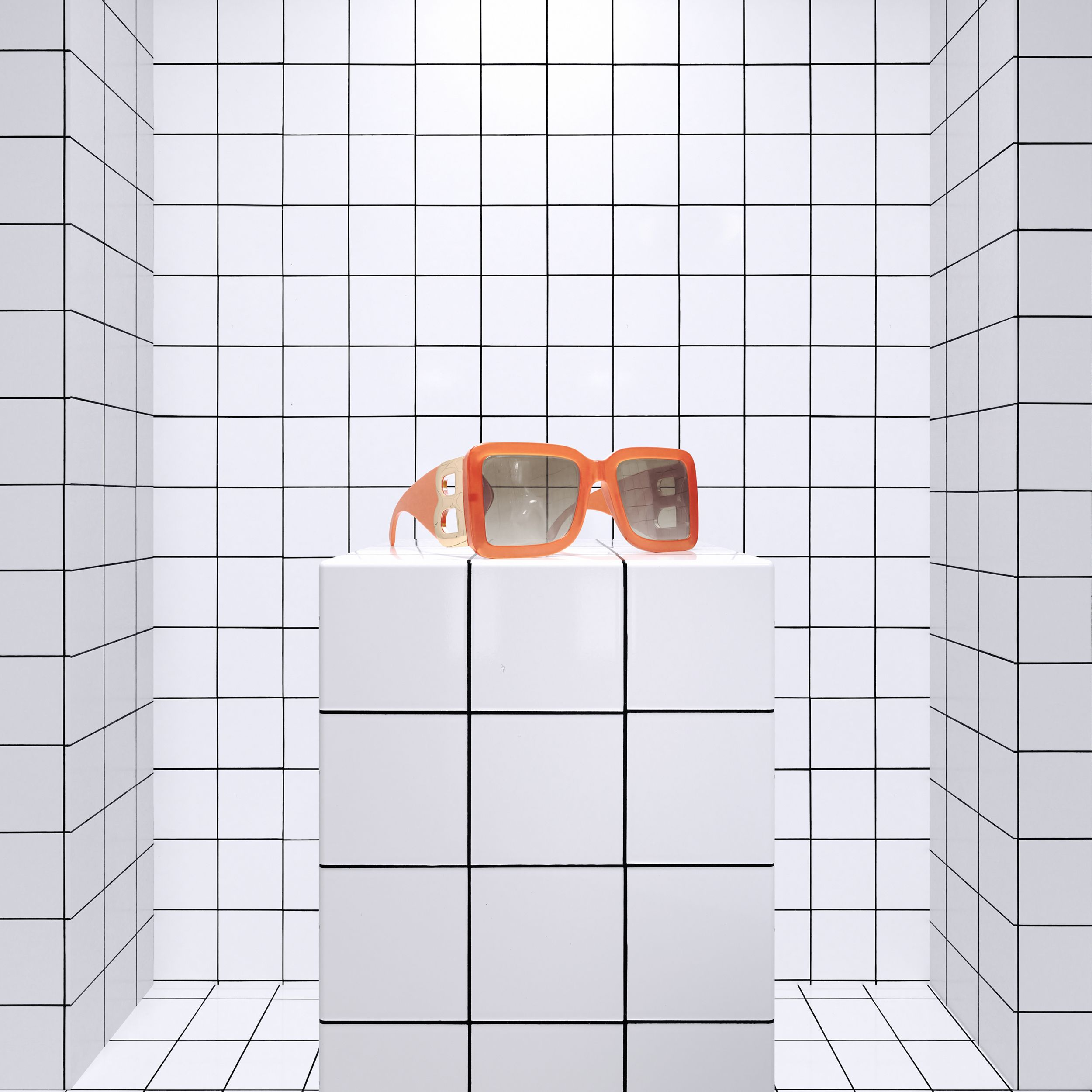 B Motif Square Frame Sunglasses in Orange | Burberry - 2