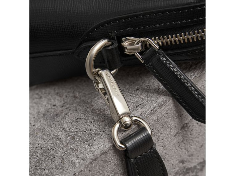 London Leather Pouch in Black - Men | Burberry Canada - cell image 1