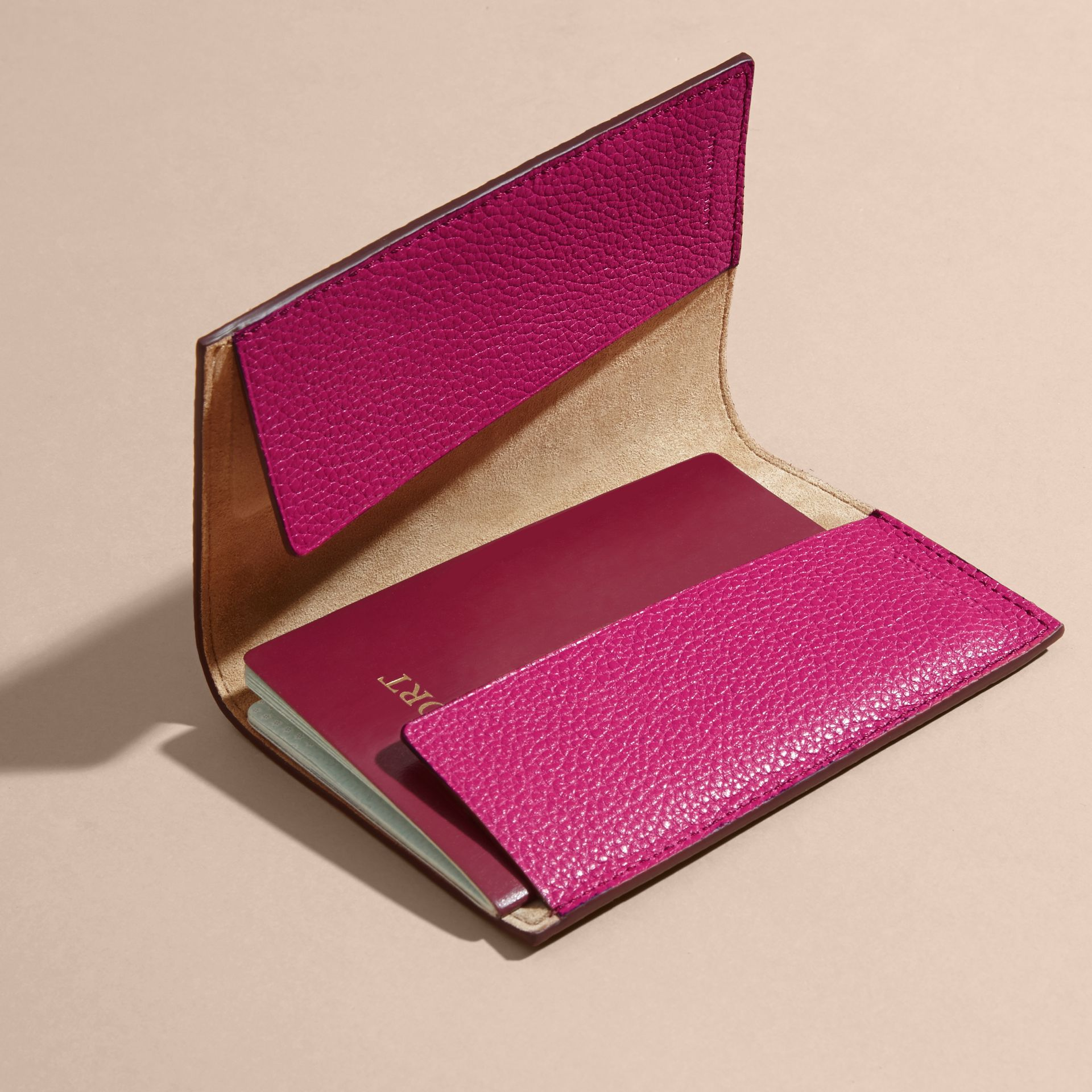 Grainy Leather Passport Holder in Brilliant Fuchsia - Women | Burberry - gallery image 4