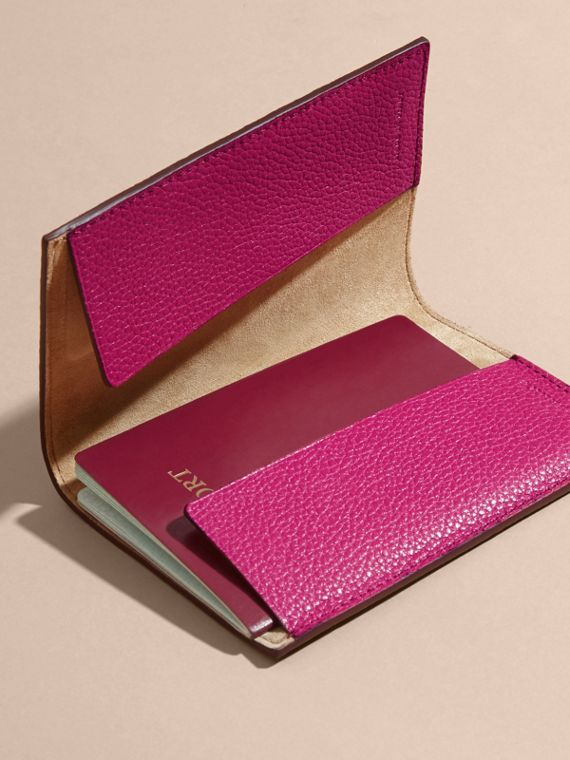 Grainy Leather Passport Holder in Brilliant Fuchsia - Women | Burberry - cell image 3