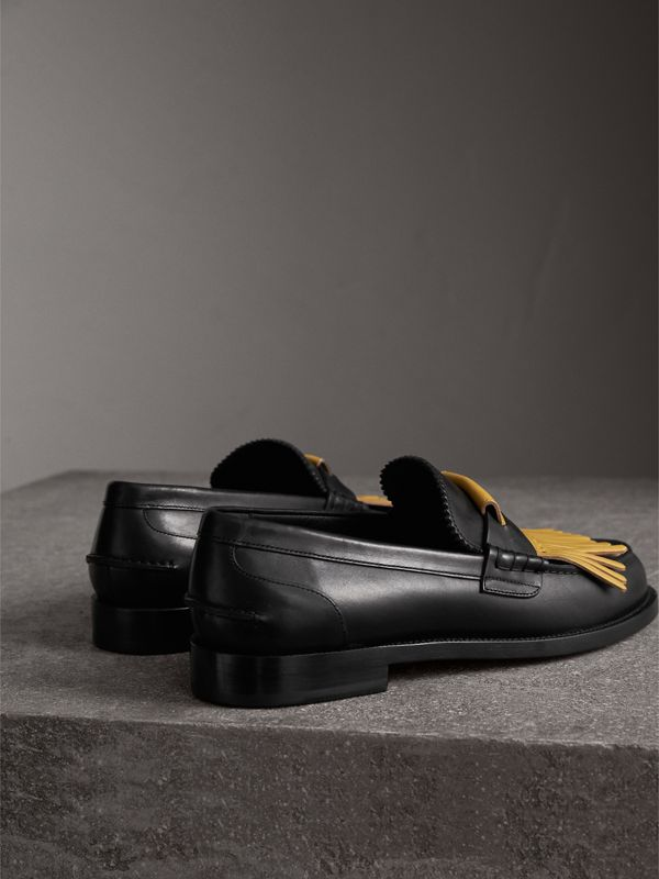 Contrast Kiltie Fringe Leather Loafers in Black/pale Saffron Yellow - Men | Burberry United Kingdom - cell image 3