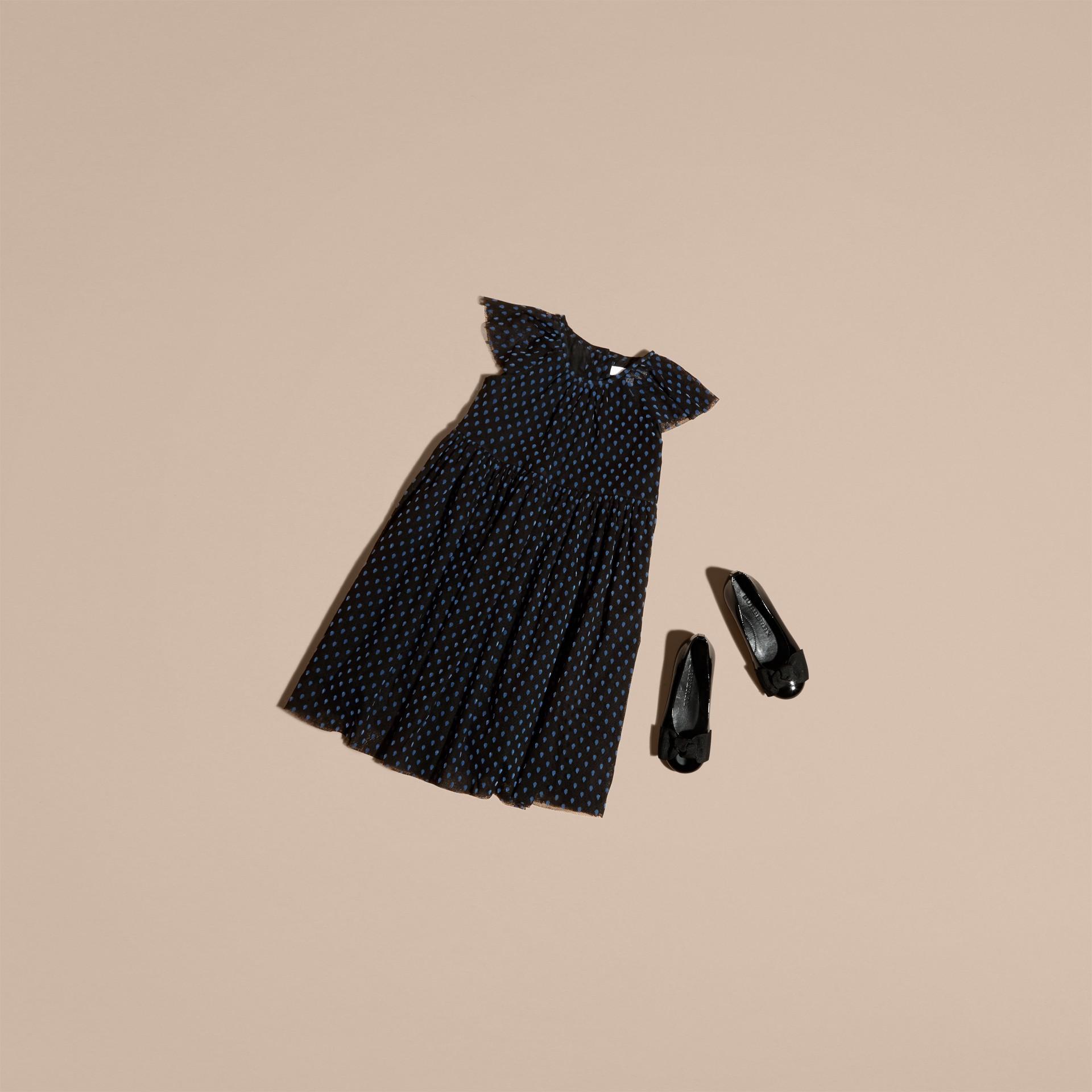 Negro Vestido de tul de algodón plisado con detalles aterciopelados - imagen de la galería 3