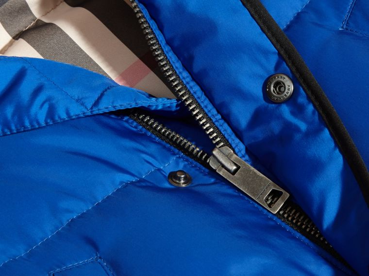 Brilliant blue Down-filled Hooded Gilet Brilliant Blue - cell image 1