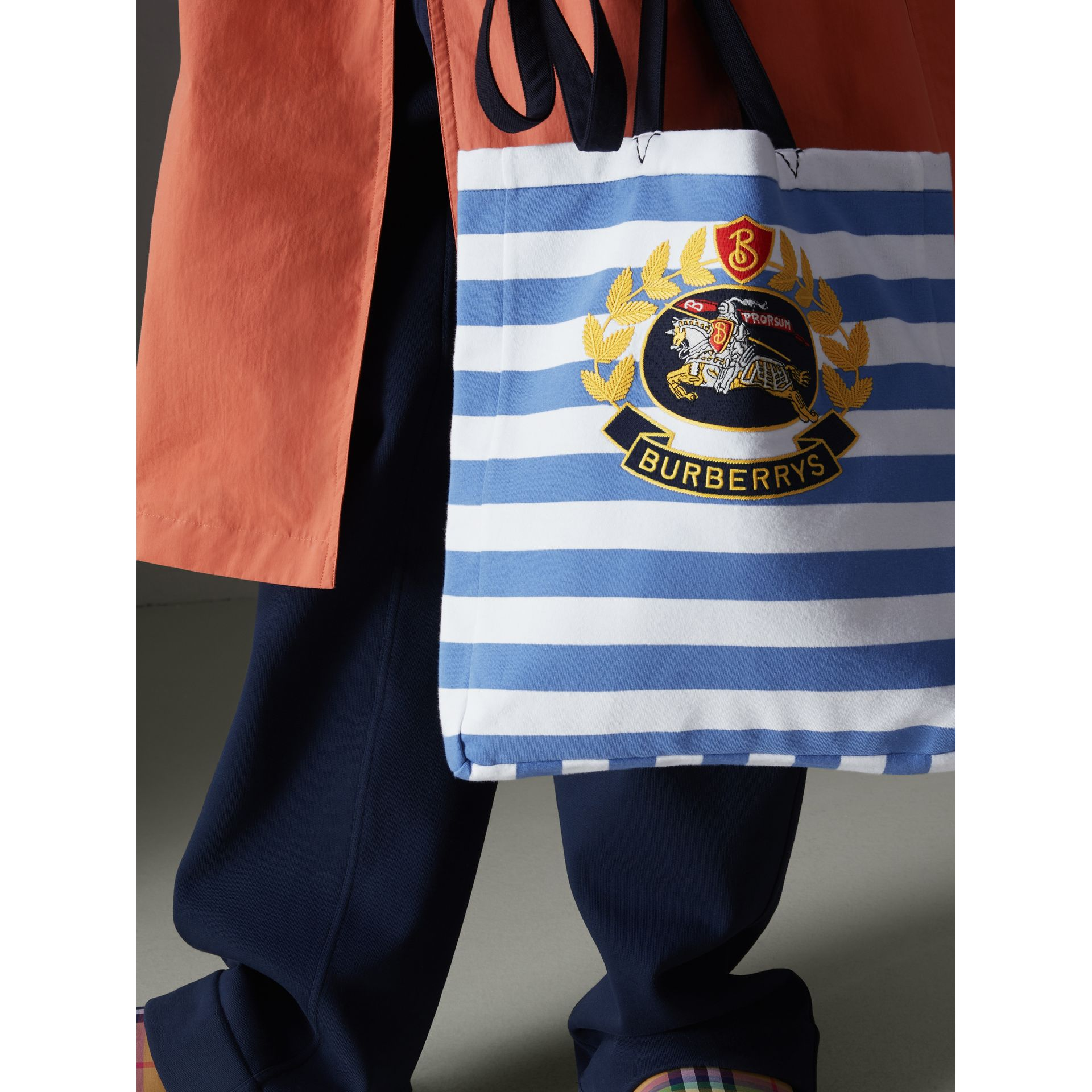 Archive Logo Striped Jersey Tote in Sky Blue/white | Burberry Canada - gallery image 4