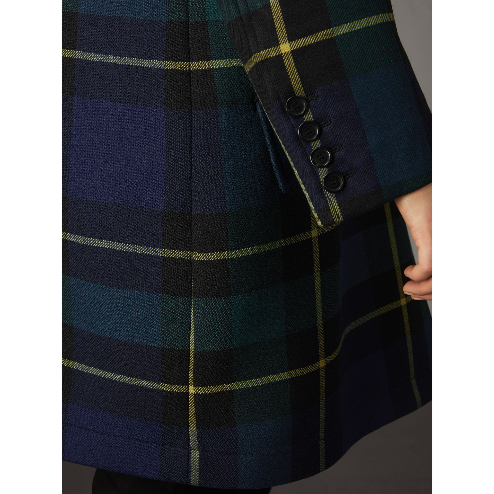 Lightweight Tartan Wool Tailored Coat in Pine Green - Women | Burberry United Kingdom - gallery image 5