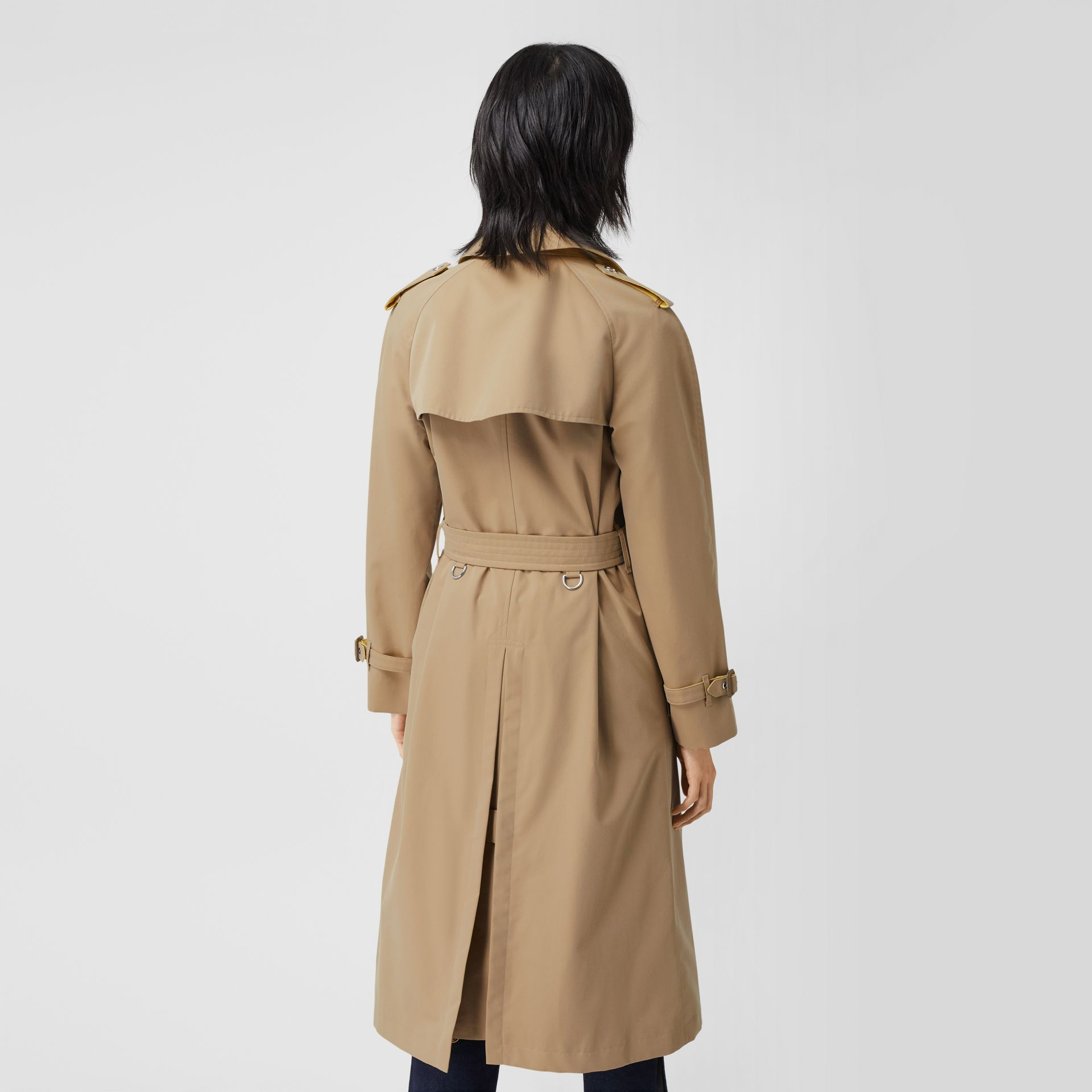 Colour Block Cotton Gabardine Trench Coat in Honey - Women | Burberry - gallery image 2
