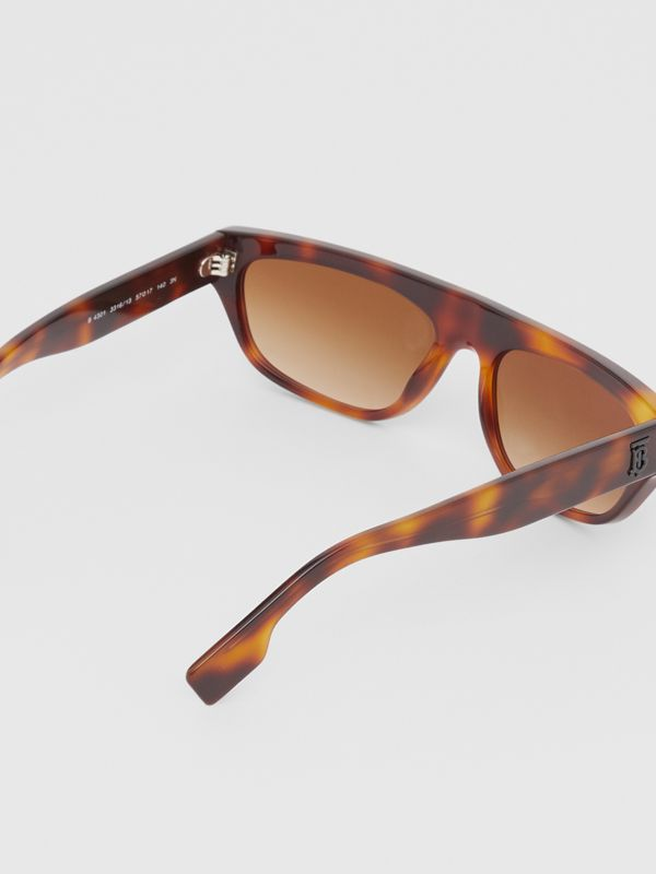 Monogram Motif Rectangular Frame Sunglasses in Amber Tortoiseshell | Burberry - cell image 3