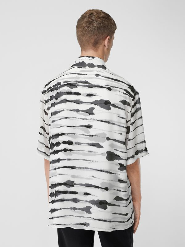 Short-sleeve Silk Overlay Watercolour Print Twill Shirt in Monochrome | Burberry United States - cell image 2