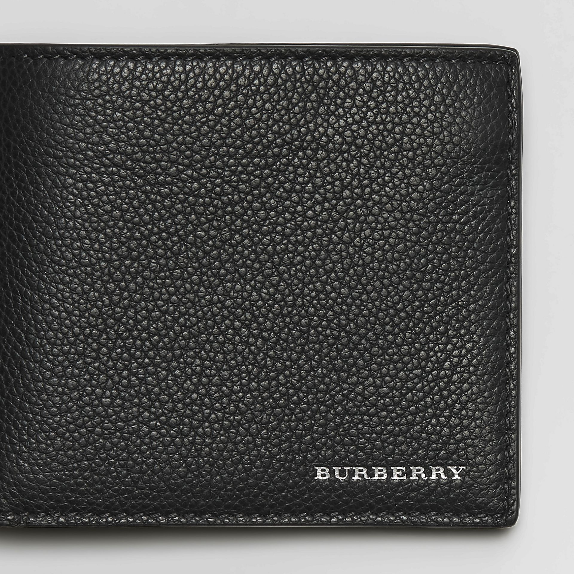 Grainy Leather International Bifold Wallet in Black - Men | Burberry - gallery image 1