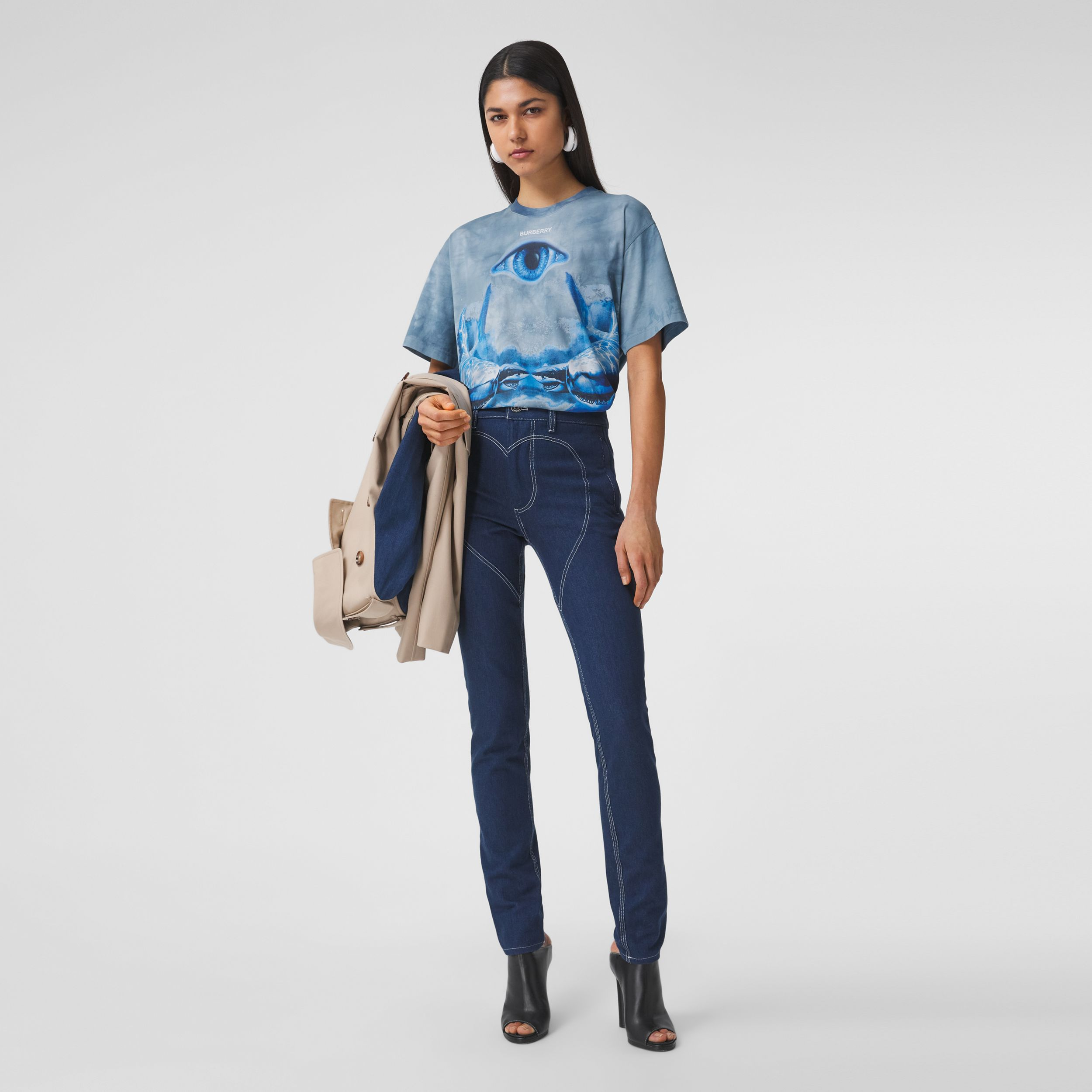 Shark Print Cotton Oversized T-shirt in Ink Blue - Women | Burberry United Kingdom - 1