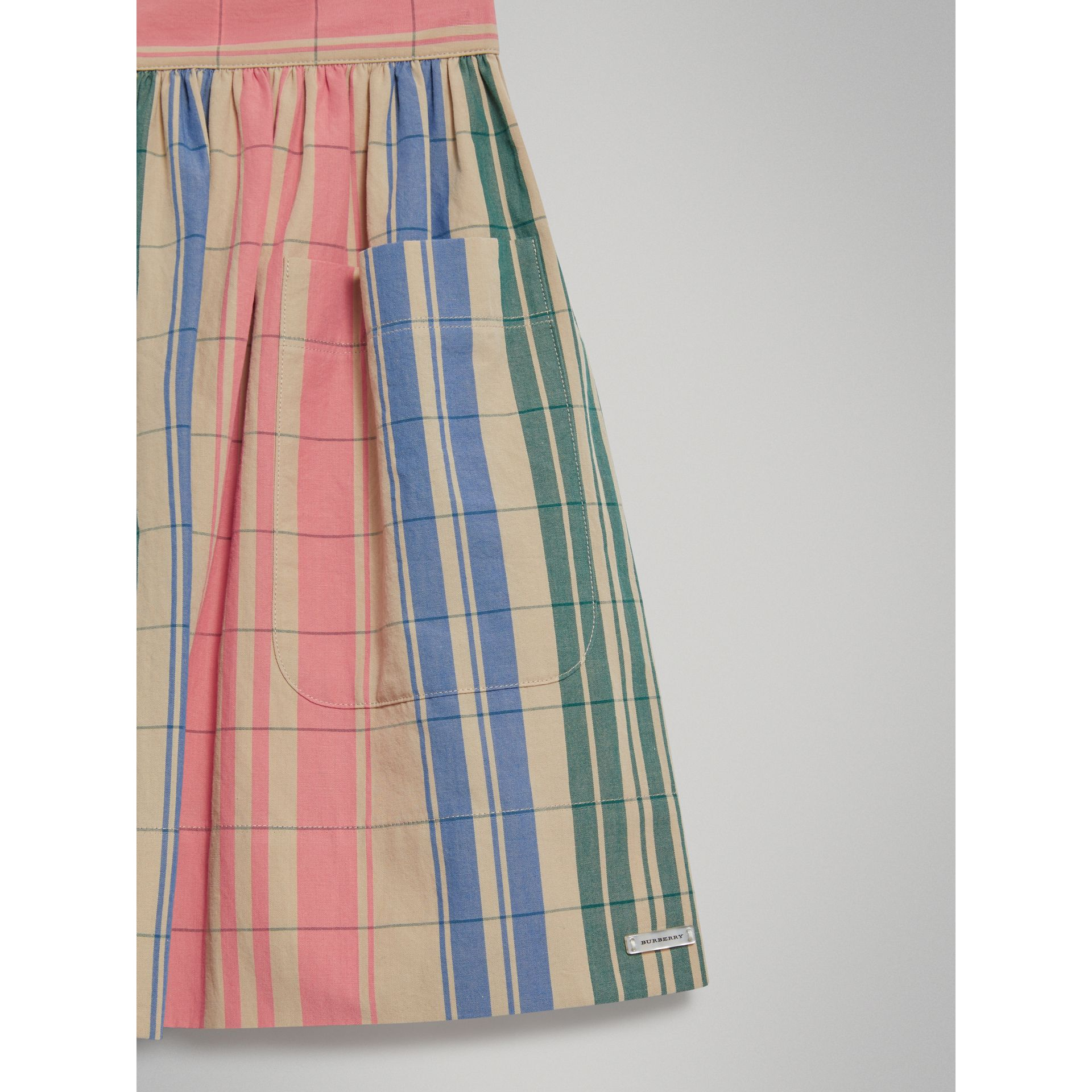 Check Gathered Cotton Skirt in Bright Coral Pink - Girl | Burberry - gallery image 4