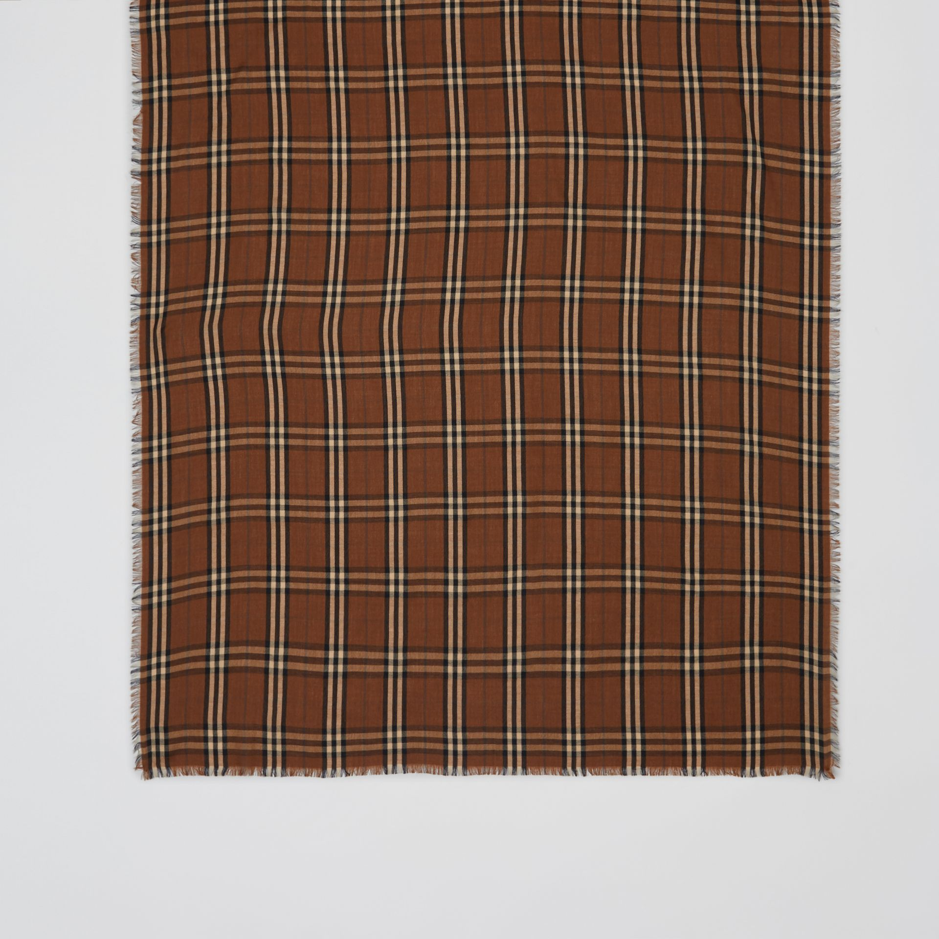 Vintage Check Lightweight Cashmere Scarf in Bridle Brown | Burberry United Kingdom - gallery image 4