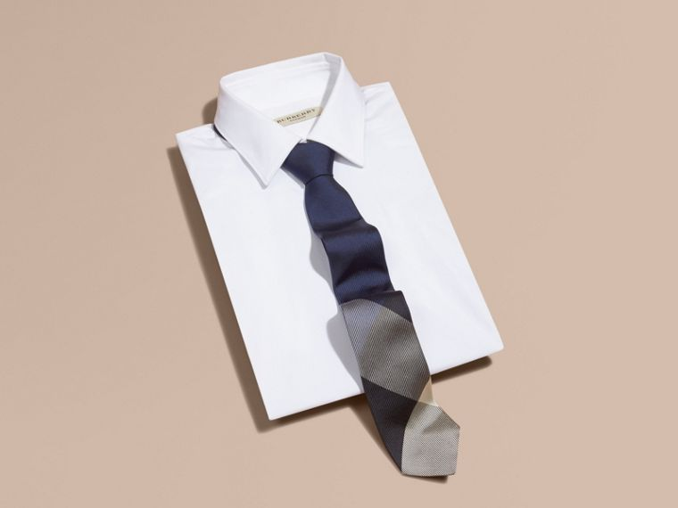 Modern Cut Check Jacquard Silk Tie in Navy - cell image 2
