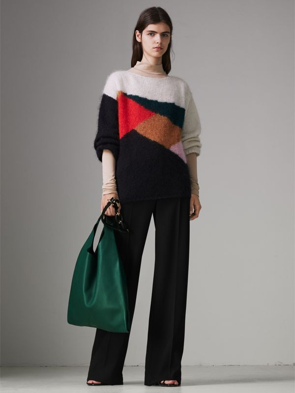 Medium Two-tone Leather Shopper in Racing Green - Women | Burberry United Kingdom - cell image 2