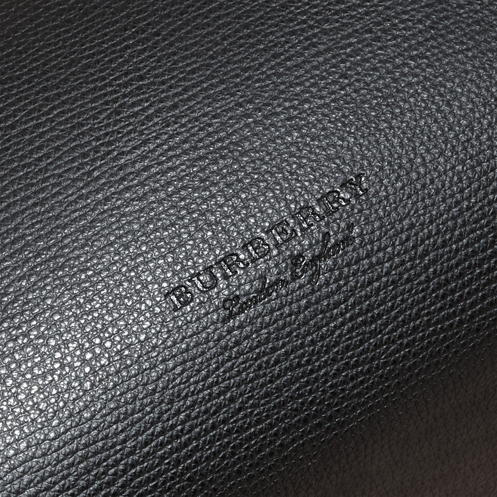 The Medium Reversible Tote in Haymarket Check and Leather in Black - Women | Burberry - gallery image 2