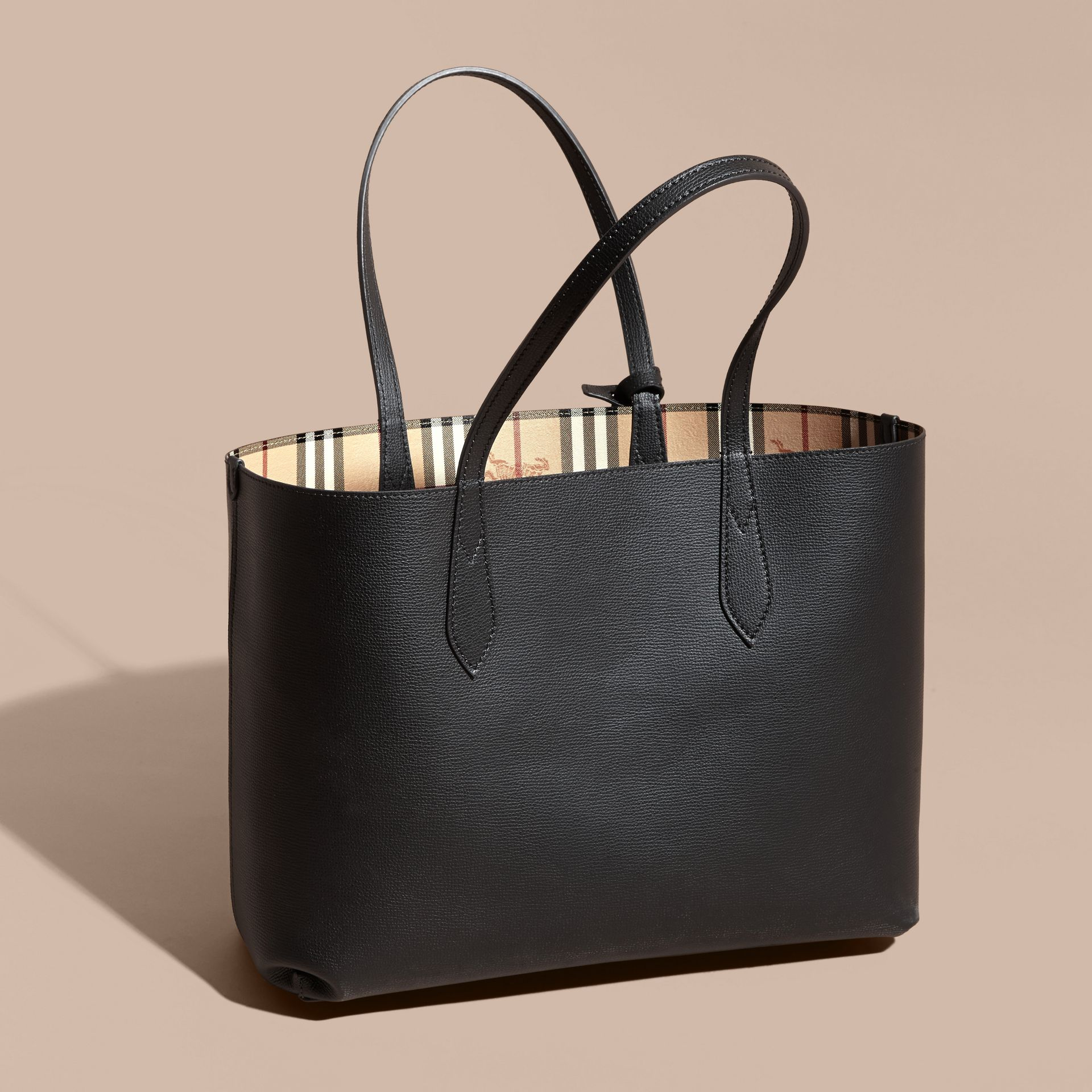 The Medium Reversible Tote in Haymarket Check and Leather in Black - Women | Burberry - gallery image 6