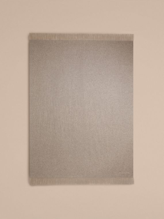 Cashmere Blanket in Pale Grey - cell image 2