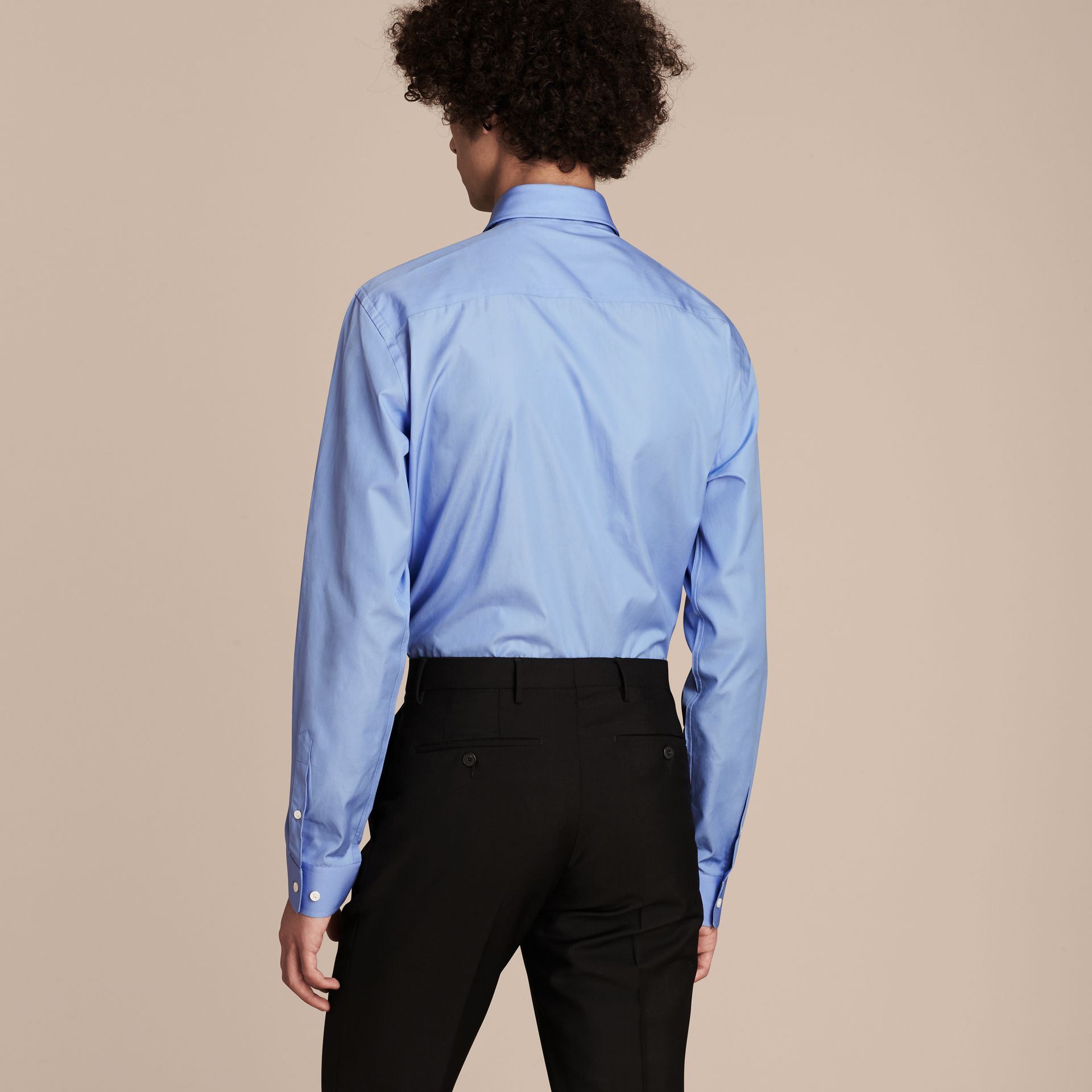 Modern Fit Cotton Poplin Shirt in Mid Blue - gallery image 3