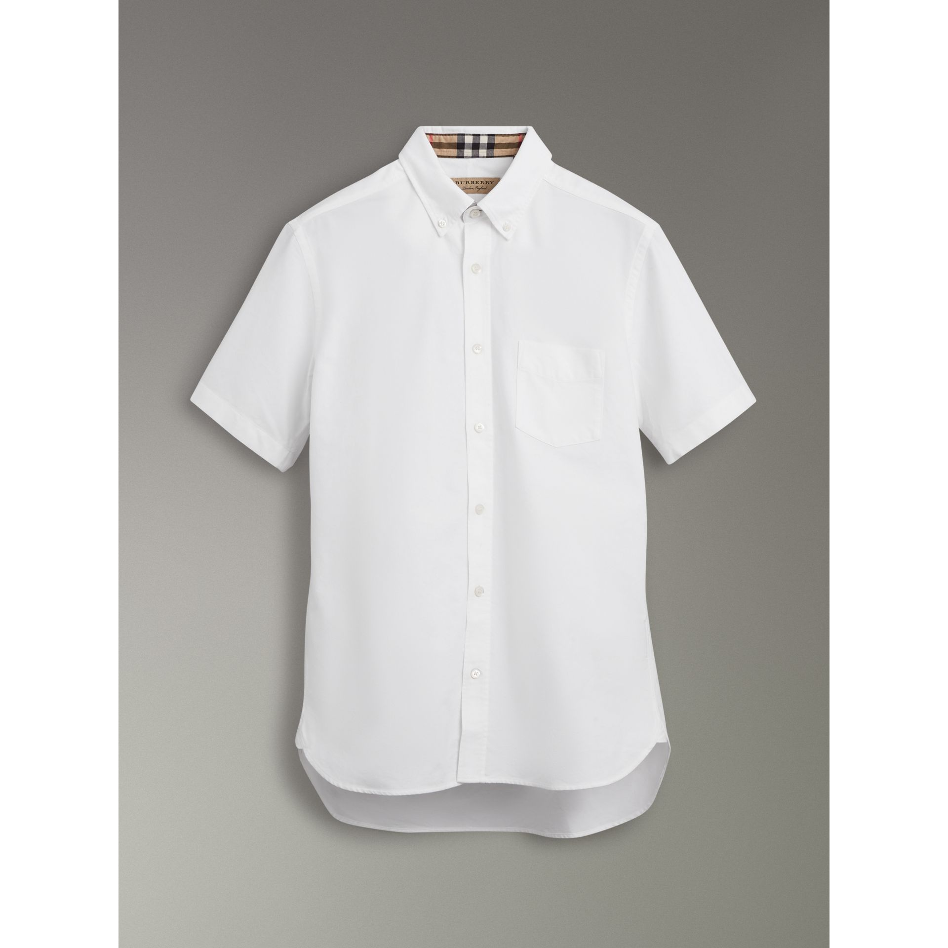 Short-sleeve Cotton Oxford Shirt in White - Men | Burberry United Kingdom - gallery image 3
