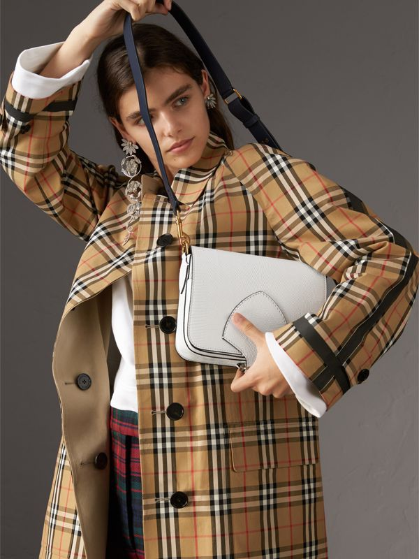 The Satchel squadrata in pelle di lucertola (Bianco) - Donna | Burberry - cell image 3