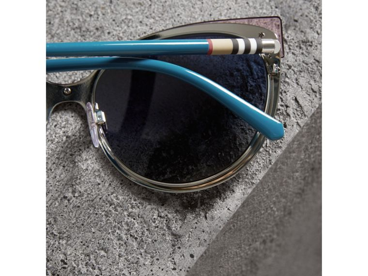Two-tone Cat-eye Frame Sunglasses in Violet Blue - Women | Burberry - cell image 1