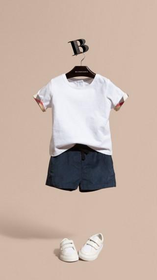 Short en velours côtelé de coton avec ceinture
