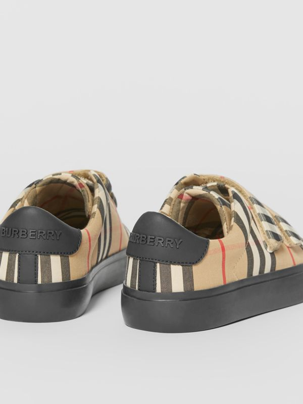 Vintage Check Cotton Sneakers in Archive Beige/black - Children | Burberry Singapore - cell image 2