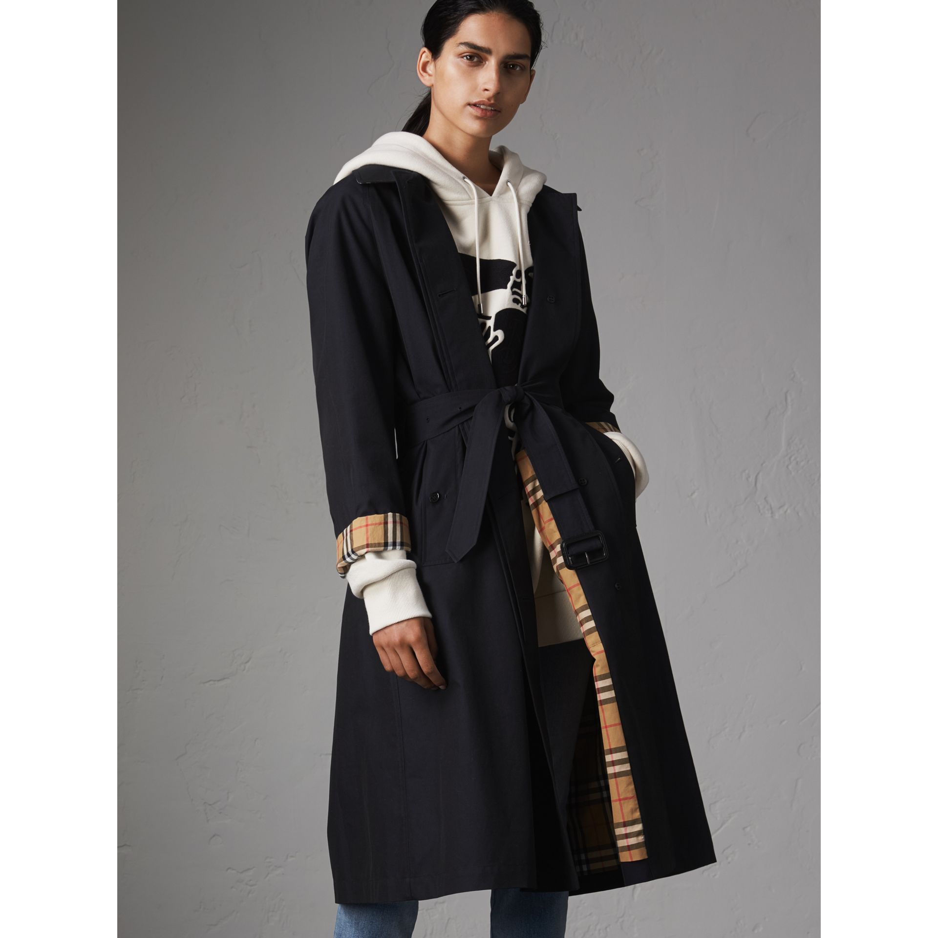 The Brighton – Car Coat extra-long (Bleu Carbone) - Femme | Burberry - photo de la galerie 1
