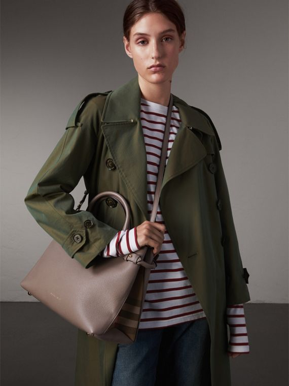 Sac The Banner medium en cuir et coton House check (Gris Chardon) - Femme | Burberry - cell image 2