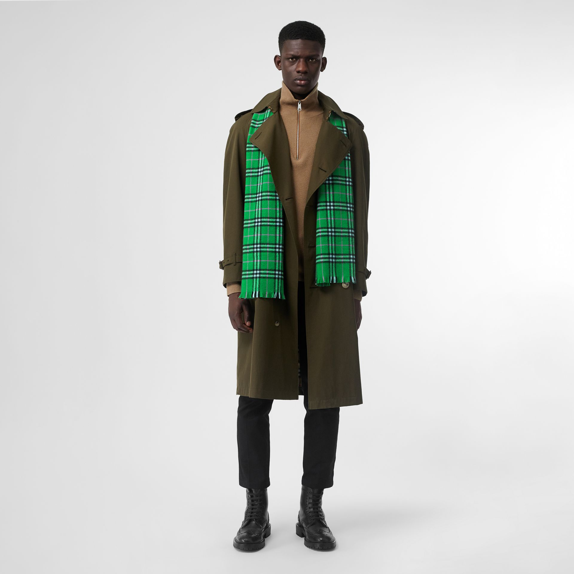 Check Cashmere Scarf in Bright Grass Green | Burberry - gallery image 3