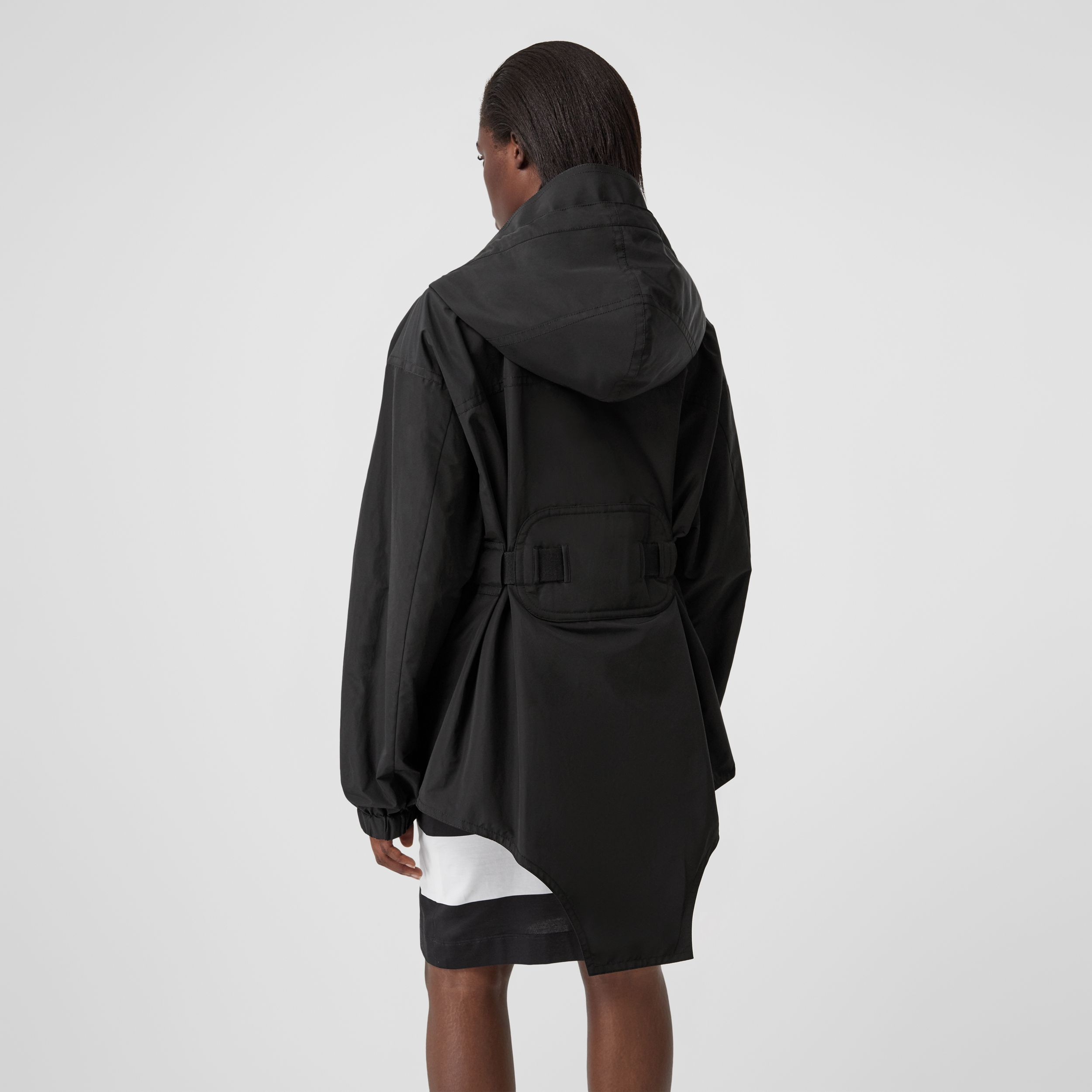 Cut-out Hem Technical Cotton Parka in Black - Women | Burberry - 3