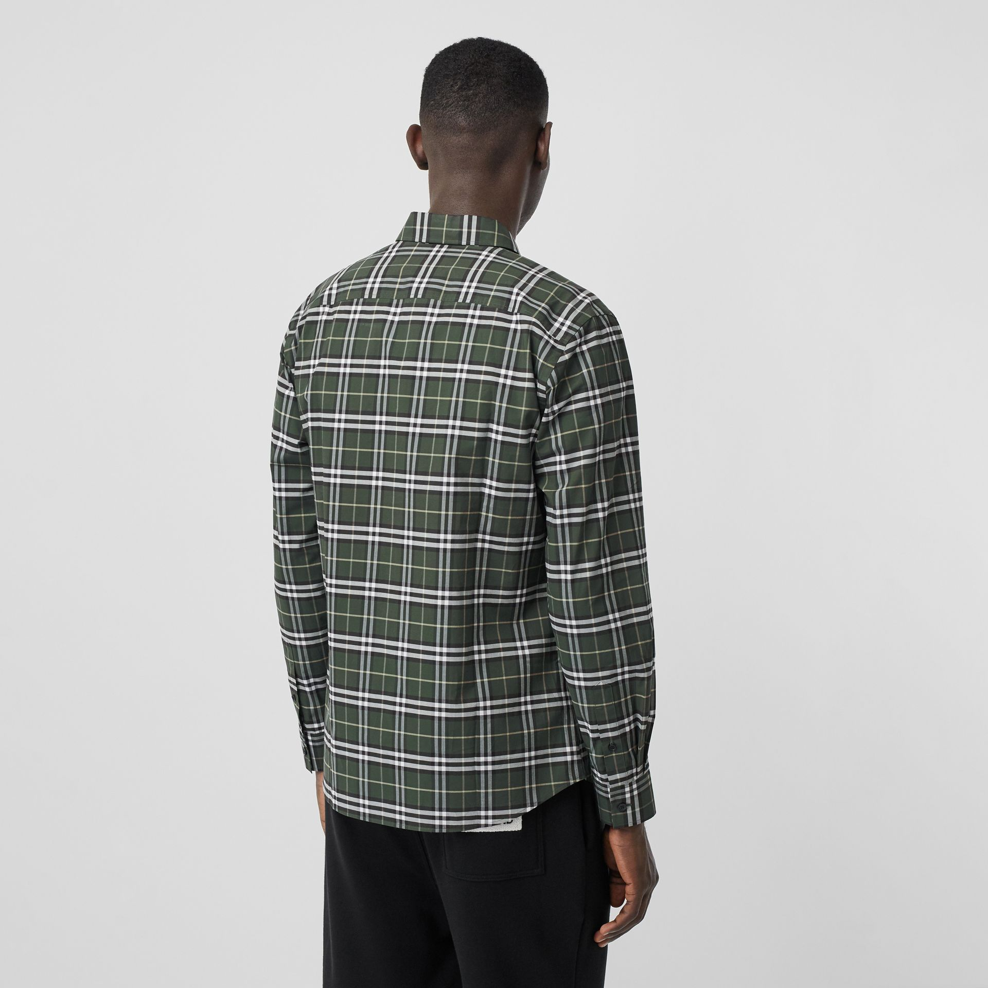 Small Scale Check Stretch Cotton Shirt in Seaweed - Men | Burberry United Kingdom - gallery image 2