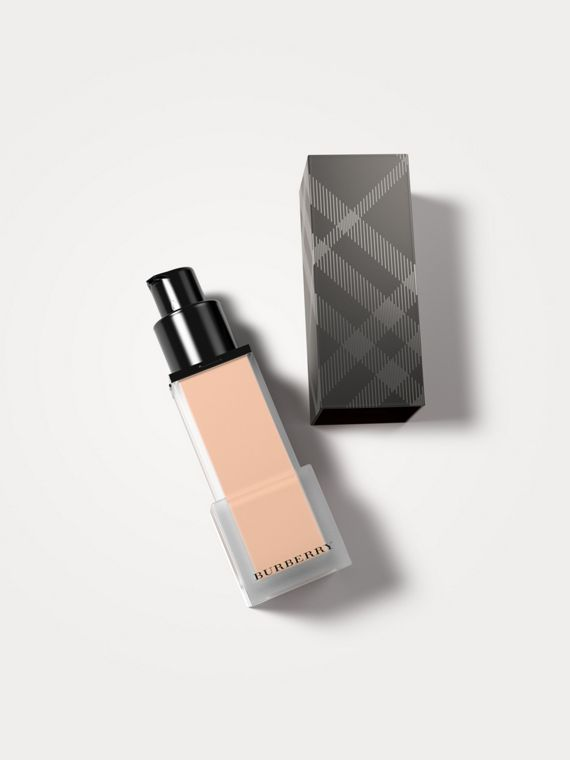 Burberry Cashmere Sunscreen SPF 20 – Rosy Nude No.31