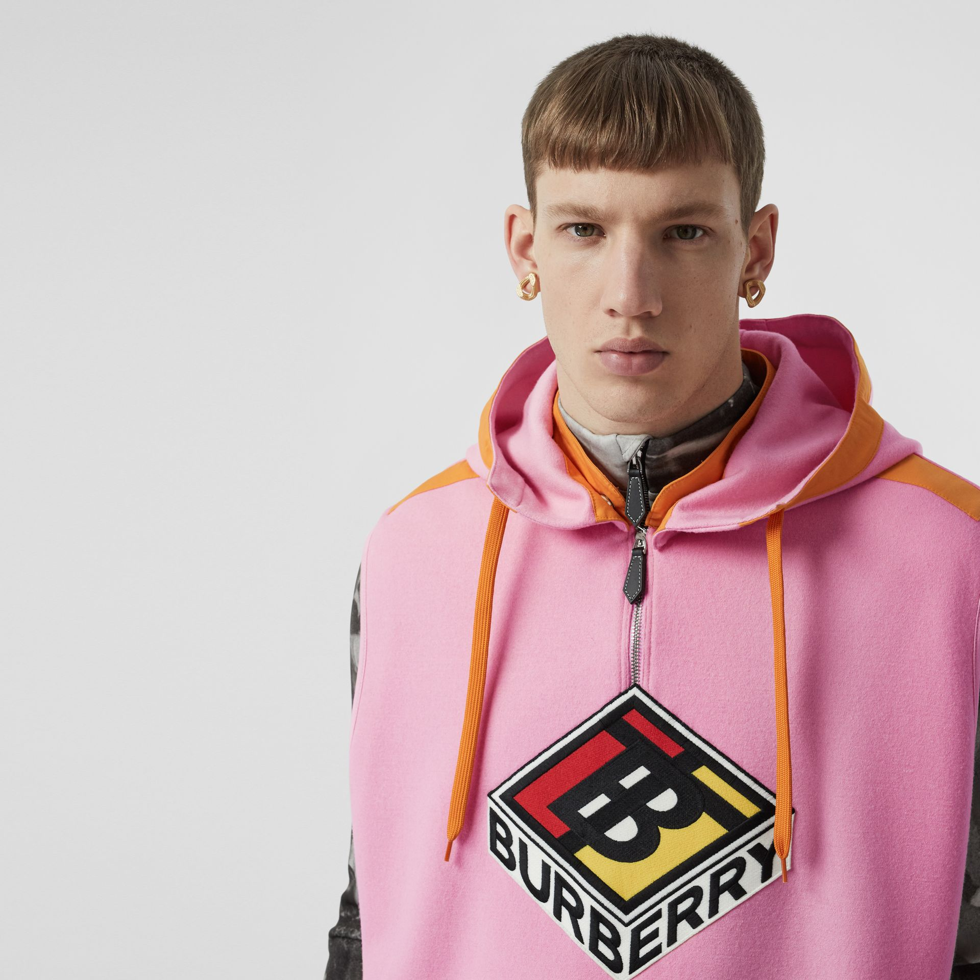 Sleeveless Logo Graphic Wool Hoodie in Candy Pink - Men | Burberry - gallery image 6