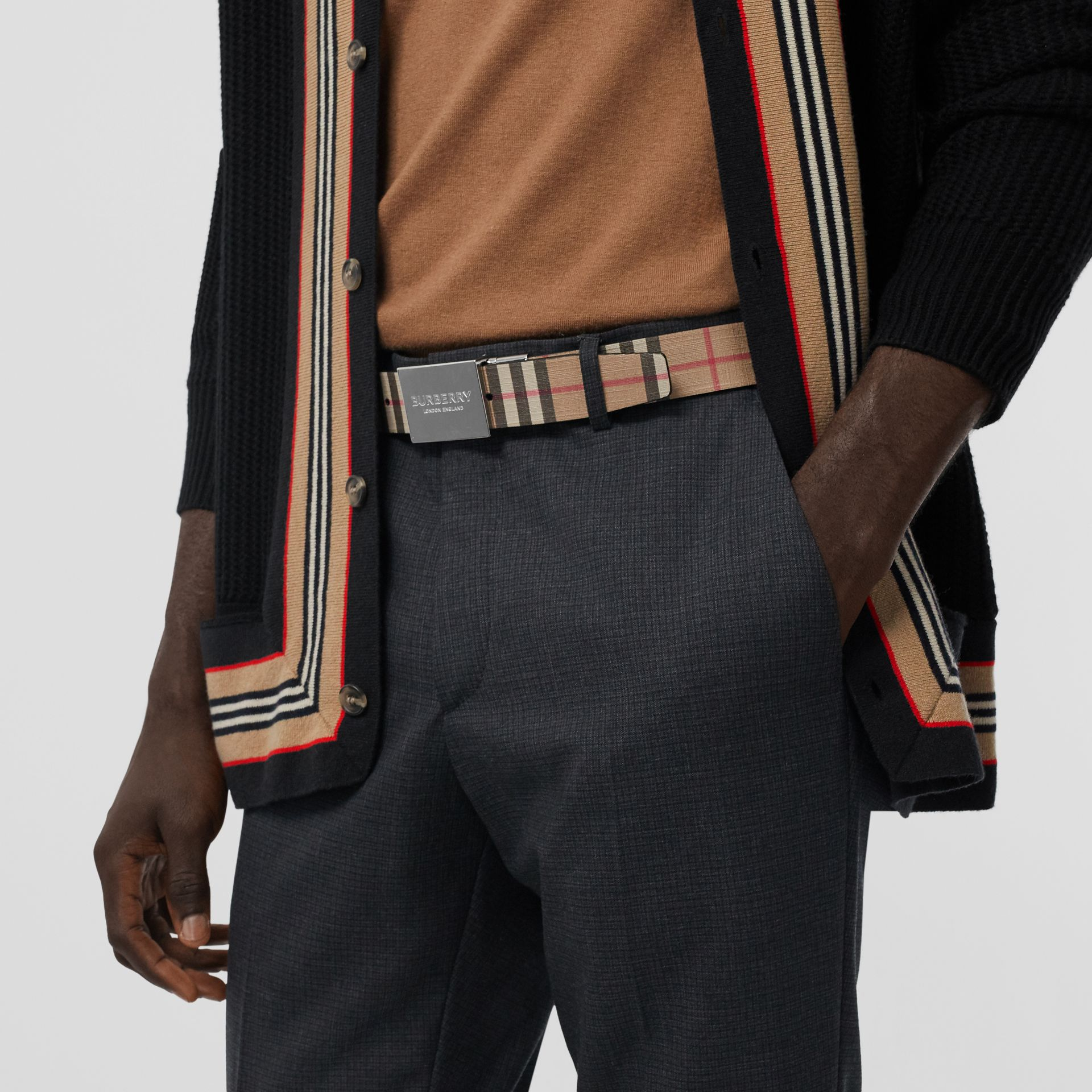 Reversible Plaque Buckle Vintage Check E-canvas Belt in Archive Beige - Men | Burberry Australia - gallery image 2
