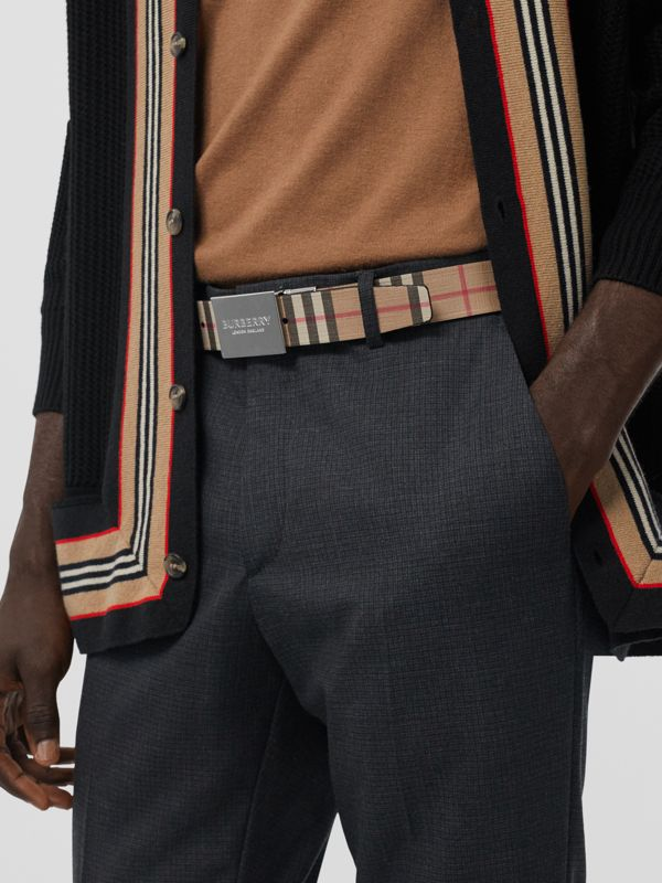 Reversible Plaque Buckle Vintage Check E-canvas Belt in Archive Beige - Men | Burberry Australia - cell image 2