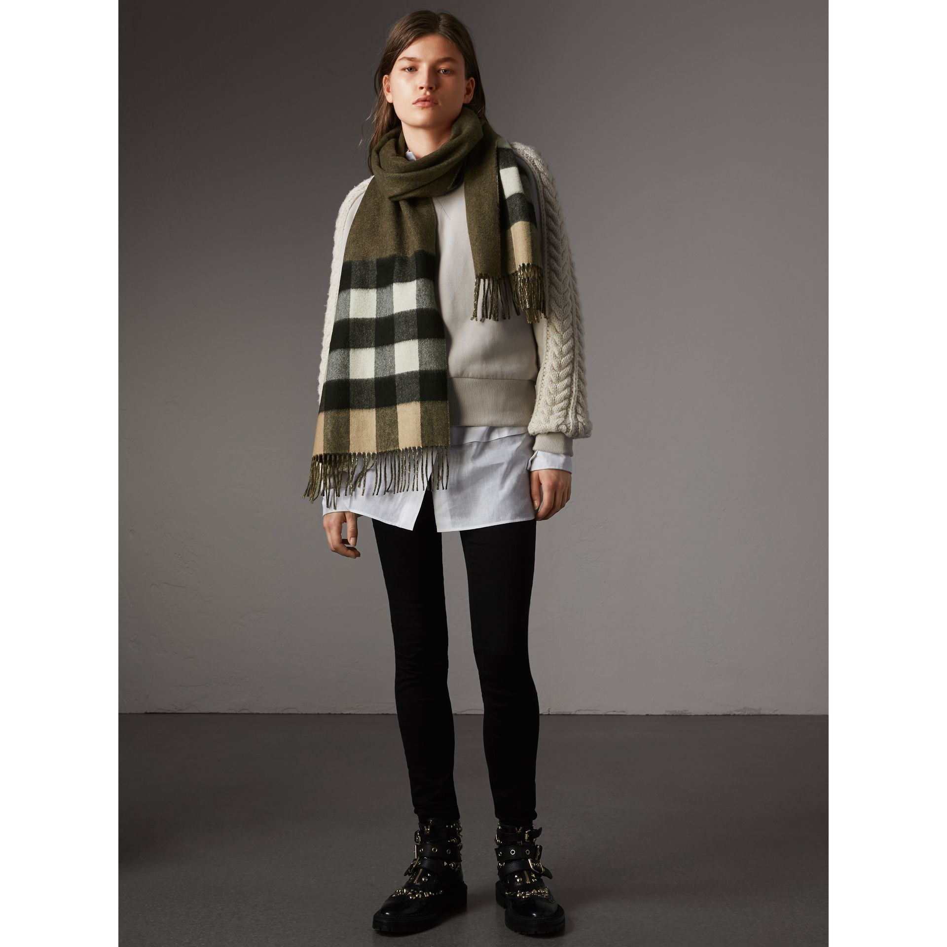 Reversible Check and Melange Cashmere Scarf in Camel | Burberry - gallery image 3