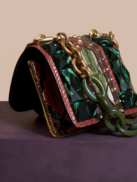 Mini sac carré The Buckle en velours et peau de serpent (Bordeaux) - Femme | Burberry - cell image 3