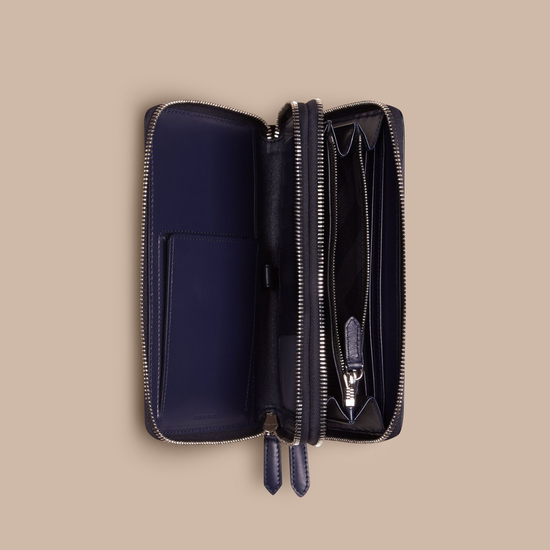 London Leather Travel Wallet in Dark Navy - Men | Burberry Singapore - gallery image 5