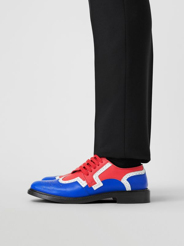 Asymmetric Closure Tri-tone Leather Brogues in Blue/red - Men | Burberry - cell image 2