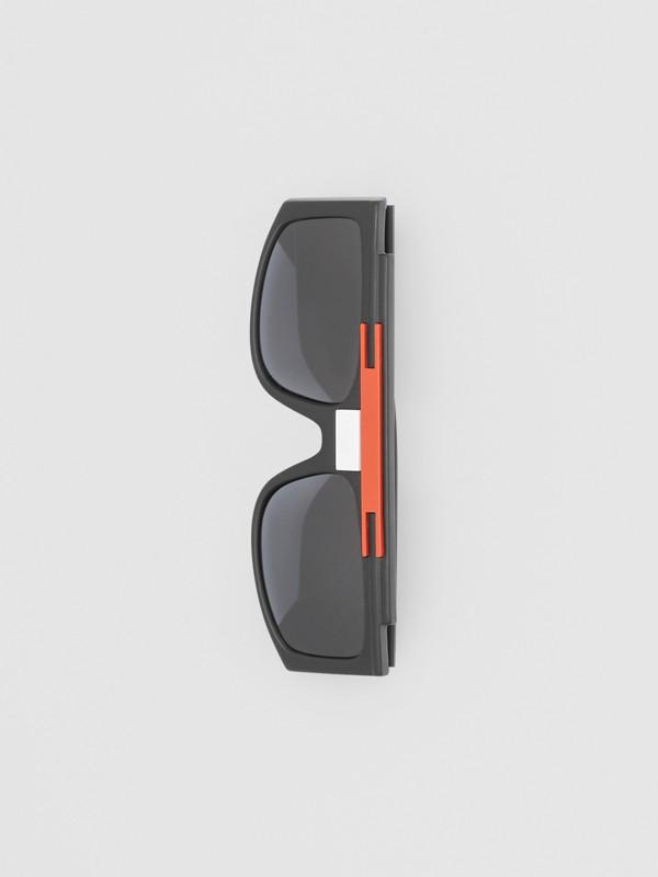 Rectangular Frame Sunglasses in Black - Women | Burberry - cell image 3