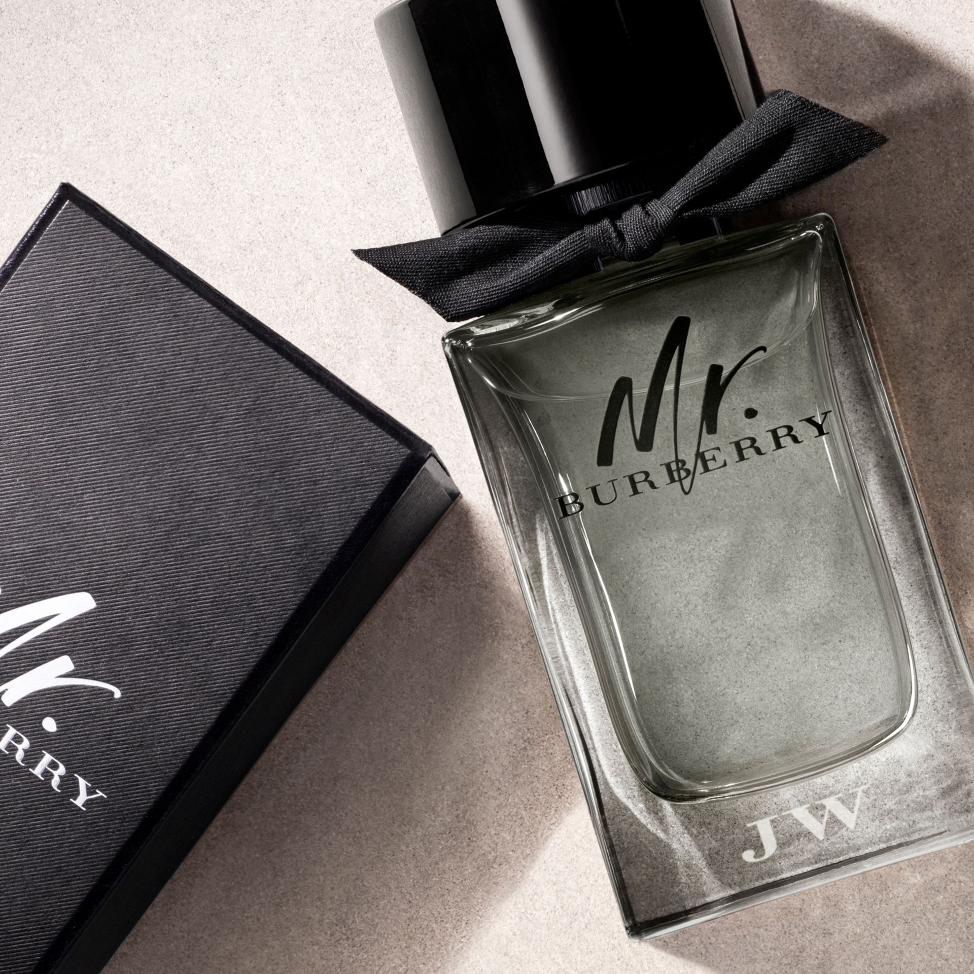 Mr. Burberry Eau de Toilette 1000ml - gallery image 4